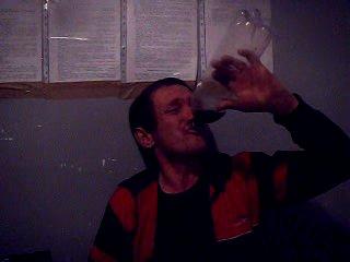ЧУН пьёт 4оо грам не разбавленого спирта а думает креплёное вино приход конкретный!