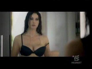 Моника Белуччи, реклама белья Интимиссити.