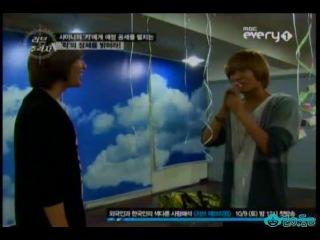 101007 Onew & Taemin - I WANNA RA!!! (in helium voice)