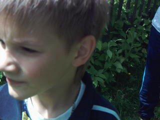 мы на даче,в огороде!!))))))))))