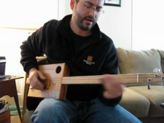 I Can't Be Satisfied - Cigar Box Guitar Blues (Muddy Waters)