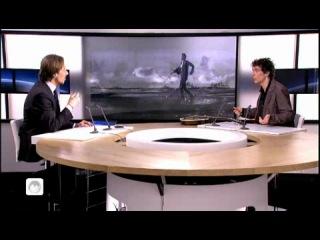 TV5 - Feloche, un chanteur français qui pratique la musique cajun