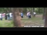Нигеры в парке трахают шлюх толпой