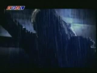 Murat Kekilli - Bu Aksam Olurum-ли известная вам песня в рууском переводе этой ночью я умру)