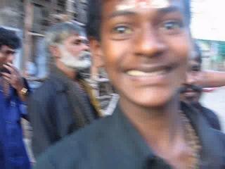 Я Бог. Древнейший храм в Мадурае. Индия 2009.