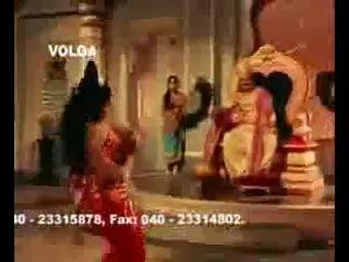 L Vijayalakshmi - одна из самых красивых актрис, танцующая классические танцы в индийском кино 60-х годов