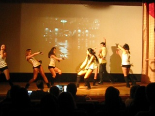 Танцуй,ТГАМЭУП! Наши кураторы! =)