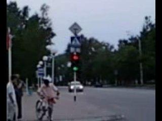Вот такие у нас в Курске светофоры( любительская съемка автора)