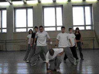 Два близнеца нереально классно танцуют - ЮТУБ видео