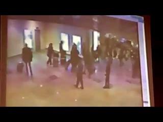 Момента взрыва в Домодедово. Запись камеры наблюдения