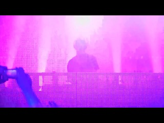 Sasha V_rtek Live@The Warehouse Project Part 4 Digitalism Blitz