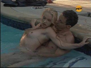 Порно видео с канала рен тв