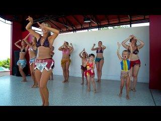 Восточные танцы (Отель Бельпорт. Турция. 2010)