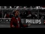 Футбол - это не просто спорт...любовь, деньги, жизнь...пожалуй, одно из лучших видео о футболе в целом.