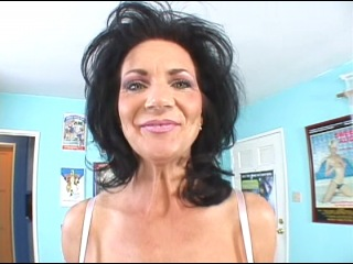 Deauxma Video Anal 104