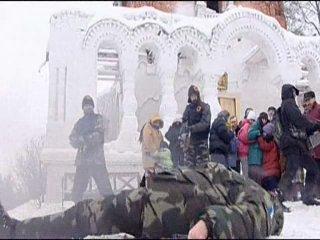 Беспредел албанцев-мусульман в КОСОВО и русский монах-воин. Сильный отрывок...