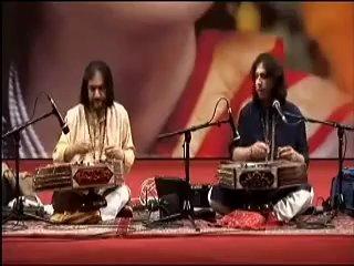 Pundit's Bhajan and Abhay Sopori on Santoor Playing and Singing Raag Nirmalkauns
