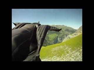 Демонстрация летающего костюма