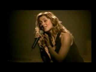 Lara Fabian - Je T'aime (мурашки по коже) За пару недель до этого концерта у певицы погиб муж. Это её первый концерт после