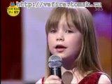 Маленькая девочка поет песню Уитни Хьюстен))