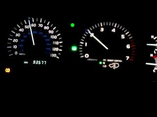 LEXUS lx 470 (на 24 секунде газ в пол не на долго)бензин жалко хахах