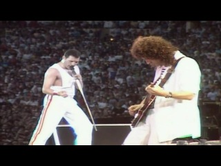 Queen - I Want To Break Free (Live at Wembley '86)