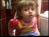 Девочка поет песню Е.Отрадная