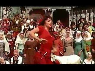 Джина Лоллобриджида. Танец Эсмеральды.