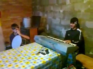 Осетины играют Чеченскую и Кабардинскую лезгинки