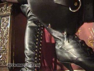 Madame Catarina - Boot Licking & Worship