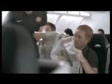Супер сейв Van der Sar'a в самолёте)