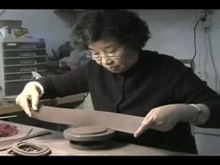 Изготовление исинского чайника мастером Чжоу Гуй Чжэнем. Часть 1