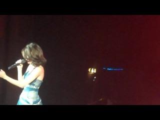Selena Gomez & The Scene - Mama Do (Pixie Lott Cover) - London
