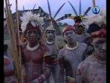 Обряды из прошлого. Бразилия. Индейцы Камаюра играют в войну