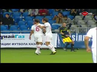 Лучший гол в 2010 году забил полузащитник Реал Мадрида и сборной Турции ( Хамит Алтынтоп)