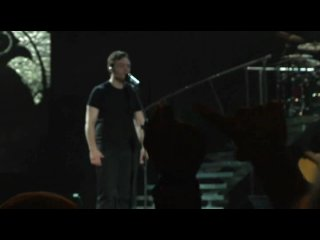 Tiziano Ferro - Alla Mia Età (Concerto Live ROMA 2009) -