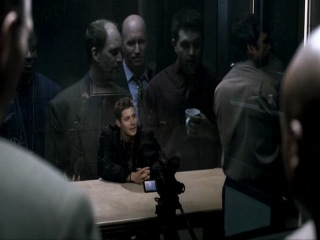 Сверхъестественное Supernatural 2 сезон 7 серия Обычные подозреваемые отрывок