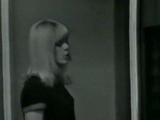 Sylvie Vartan - Quand un amour renaît [Текст+Перевод]