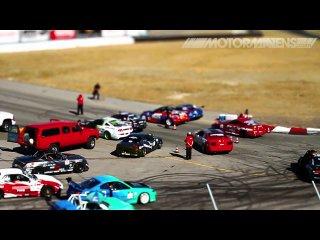 Красивое видео с проходившего в Сономе чемпионата Formula Drift, снятое оператором портала MotorMavens.com в технике tilt-shift.