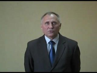 Кандидат в президенты Николай Статкевич в своем видеообращении призвал военнослужащих и офицеров силовых структур сохранить чест
