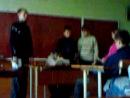 В школе, на классном часе разыгрывали сценку