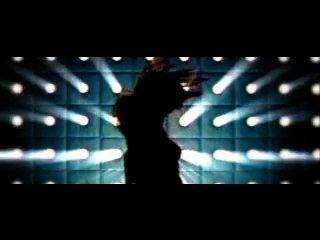 Tyra Banks and Jay Manuel - Shake Ya Body