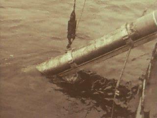 21 сентября 1955 г., первый подводный взрыв на полигоне Новая Земля, 3,5 кт, бухта Чёрная, 70°42'50.34