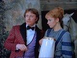 — Я на Вас мужу пожалуюсь. И он превратит вас в крысу! — А кто у нас муж? — Волшебник… — Предупреждать надо.
