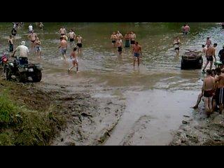 Малояр 2010, танки грязи не бояться ч.2