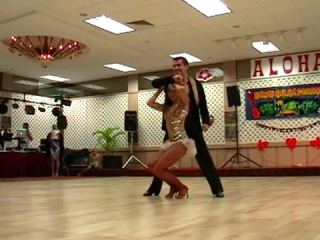Salsa - Oliver Pineda and Luda Krotor