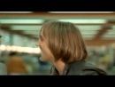 Жерар Депардье прикалывается над охранником (отрывок из фильма вальсирующие)