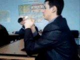 На уроке музыки каГбэ=)) Годзилла!!! XD