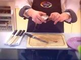 Как правильно чистить селедку?