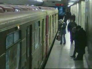бабуля и поезд (сначало страшно-потом радостно)